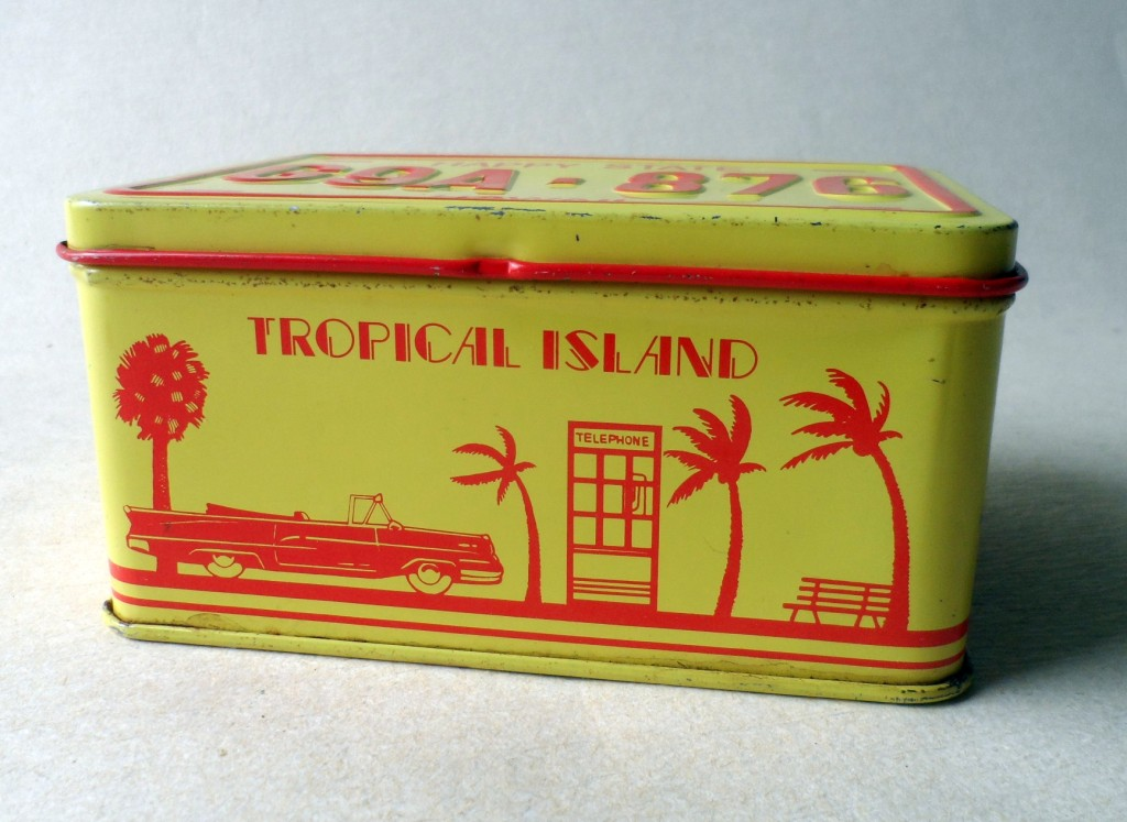 HTF Vintage Number Plate Tin Happy State Hawaii G9A 876